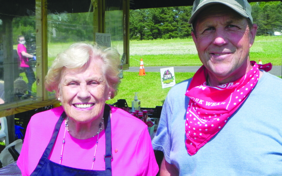 DeFelice enjoys booming strawberry sales business at Cedar Hill Farm
